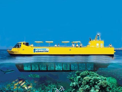 Submarino pelo Mar Vermelho