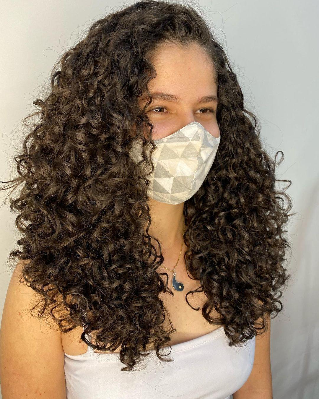 Long bob cut in curly hair 13