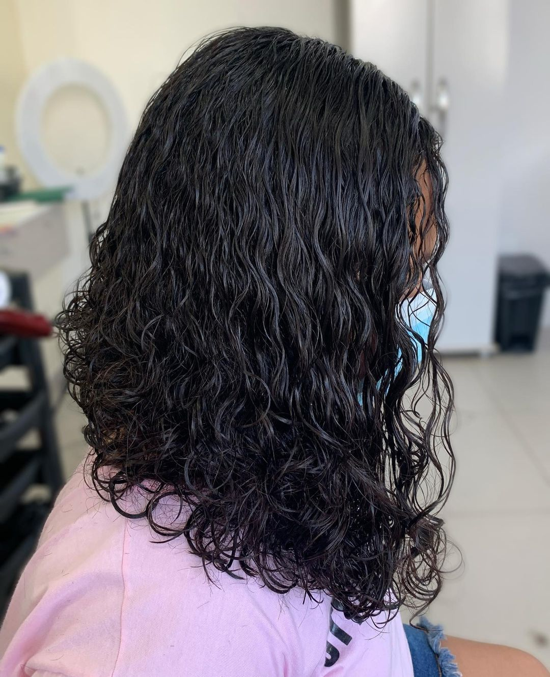 Long bob cut in curly hair 15