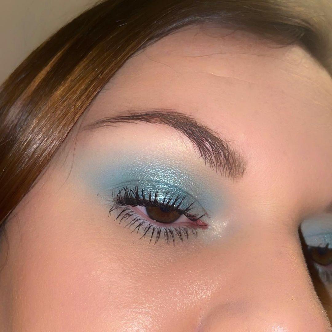 blue makeup 20