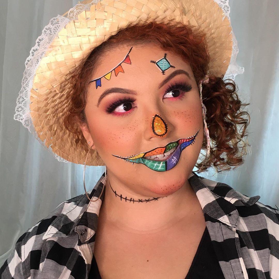 St. John Feminine Makeup 24
