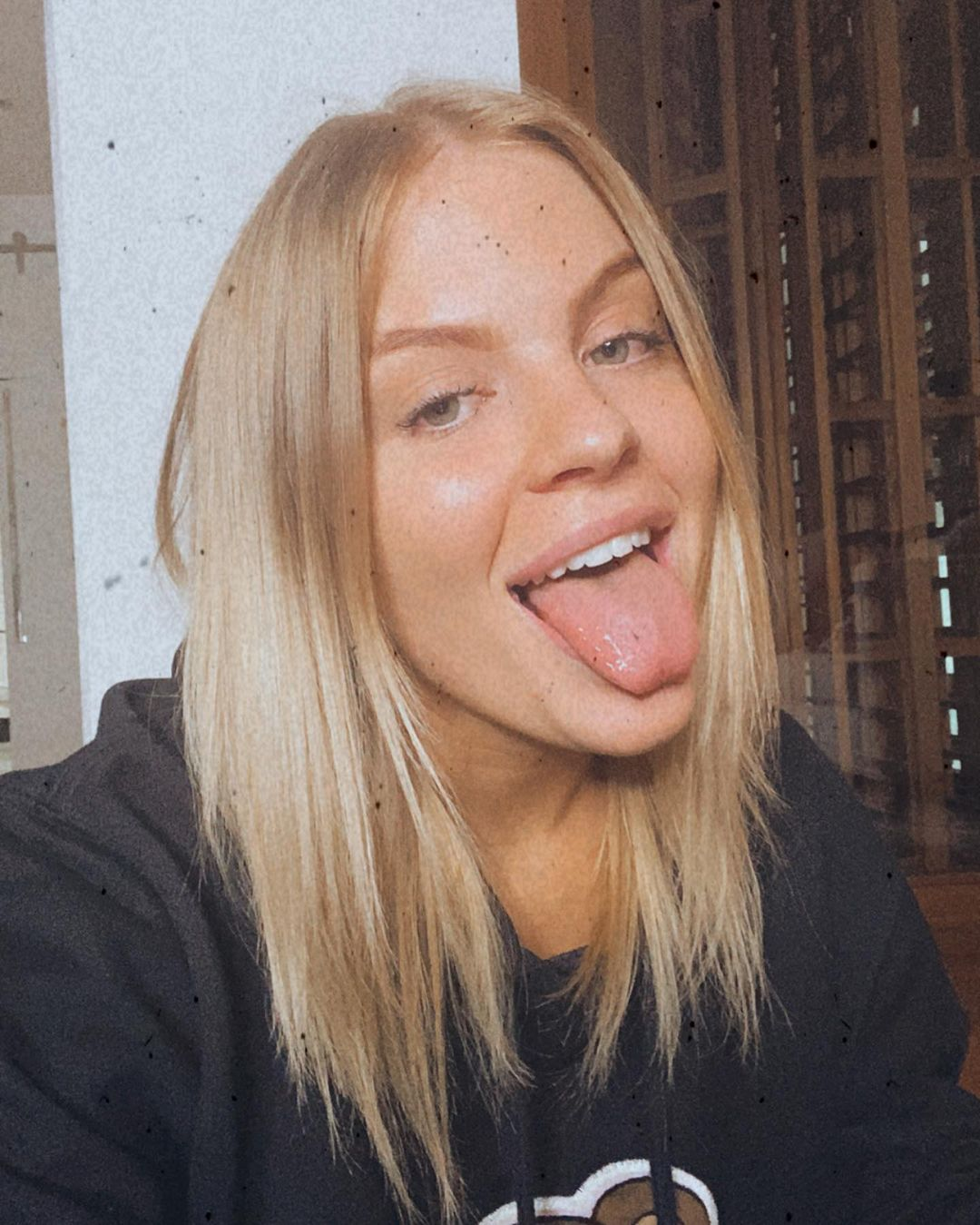 famous women without makeup 17