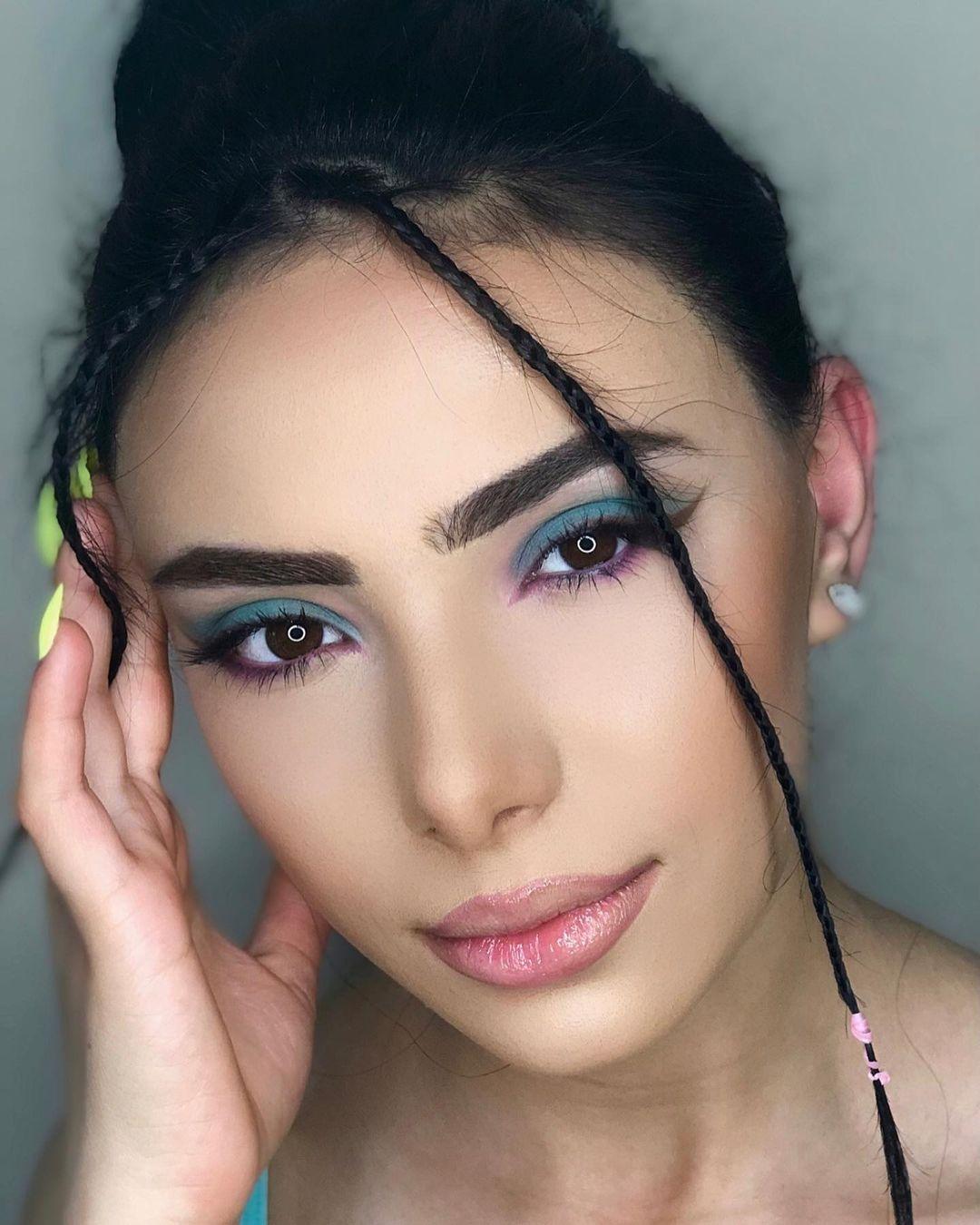 simple makeup 25