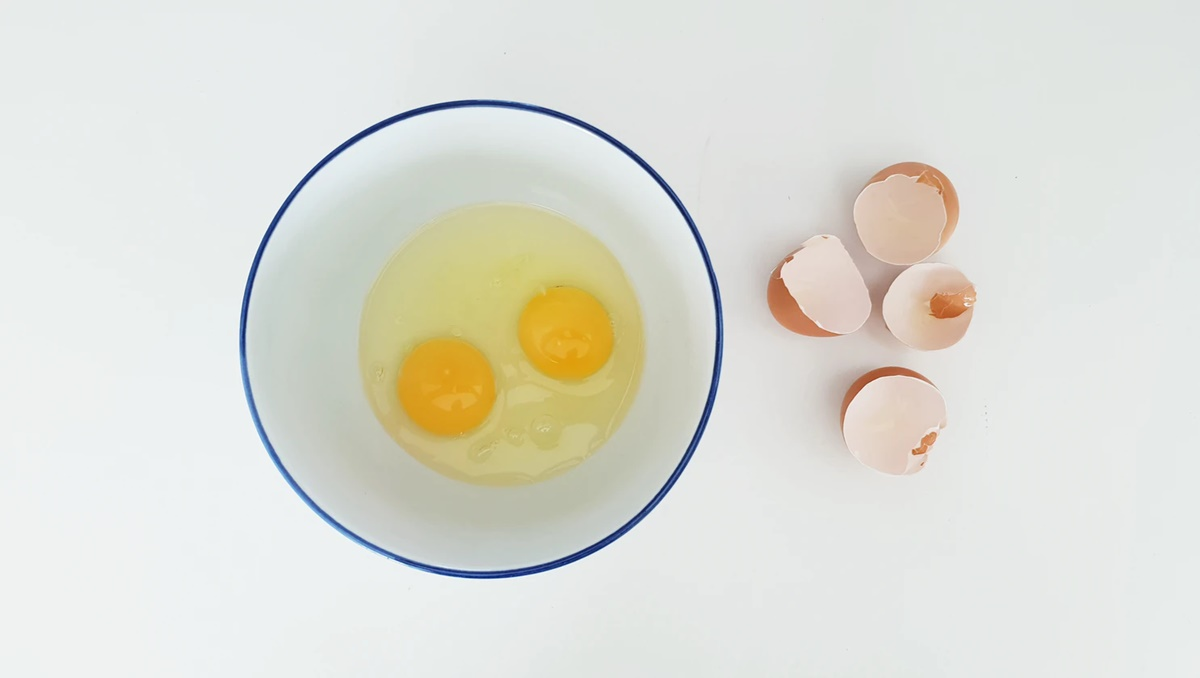 hair hydration with eggs