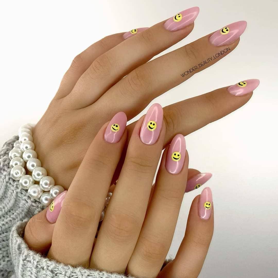 harry styles 2 nails