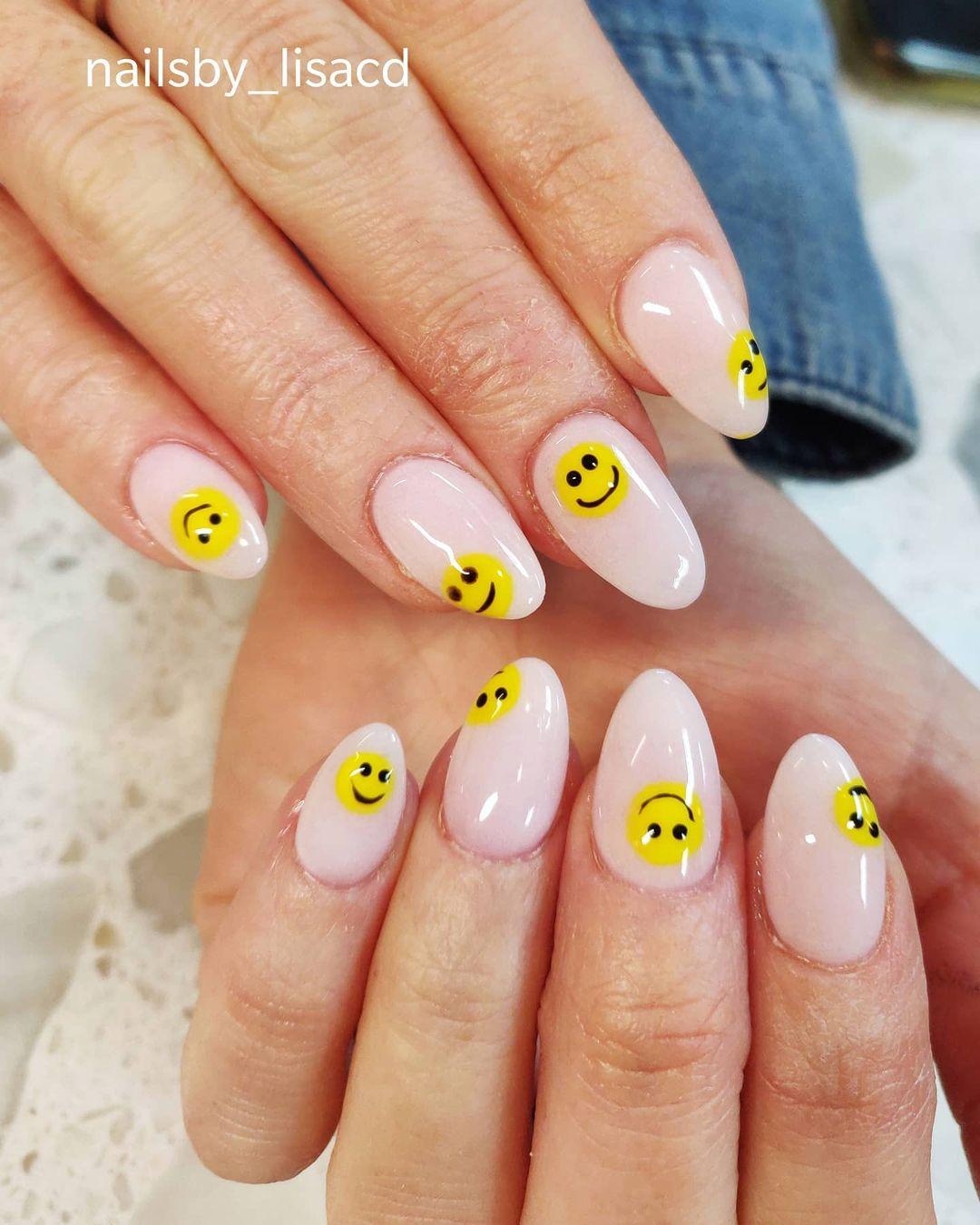 harry styles 4 nails
