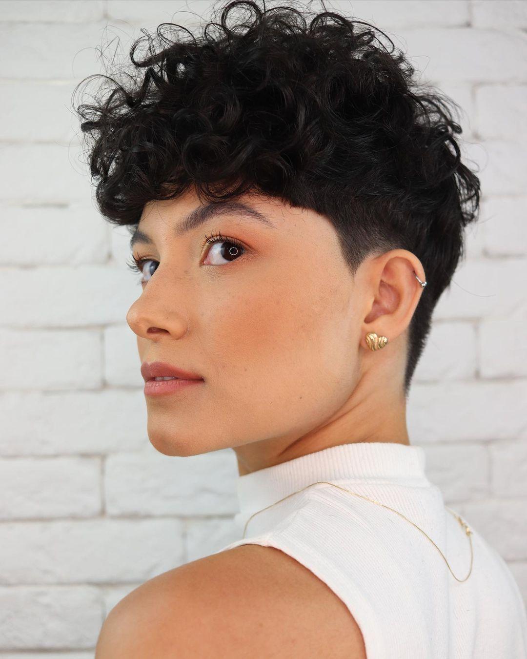 short curly hair 7