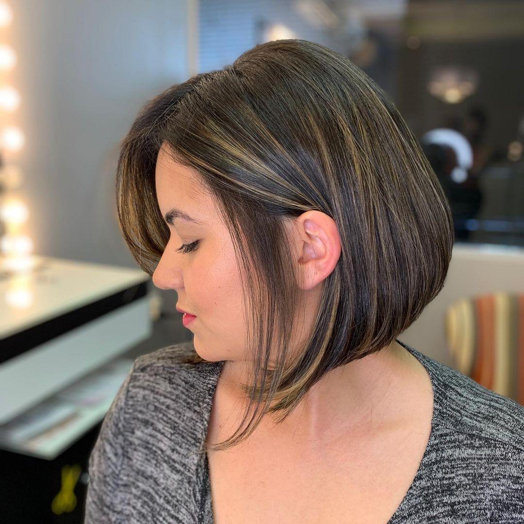 shiny brunette short hair 3
