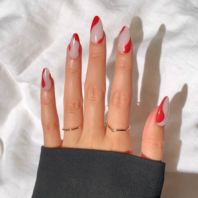 clear nails with francesinha 10