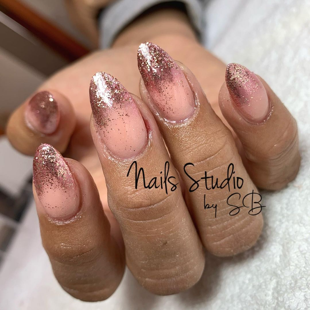 clear nails with francesinha 16